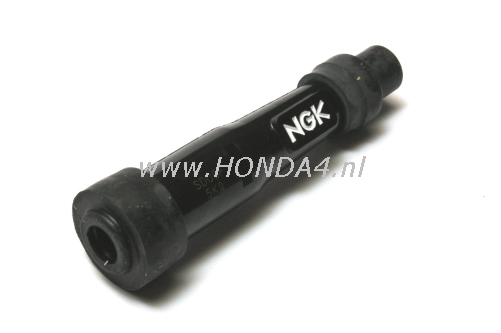 30710-300-000 SD05F Plug CAP Straight